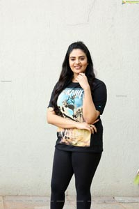 Sreemukhi at Crazy Uncles Movie Press Meet