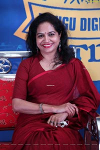 Sunitha at Telugu Digital Idol Season-1 Grand Finale