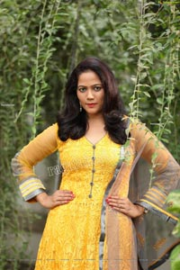 Shaik Faiza Exclusive Shoot in Yellow Anarkali Suit