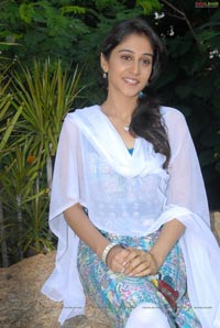 Regina at Routine Love Story Muhurat