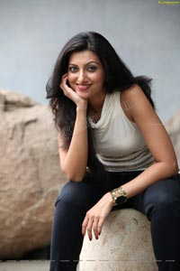 Hamsa Nandini HD Photos