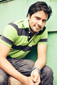 Karthik Srinivas High Definition Photos