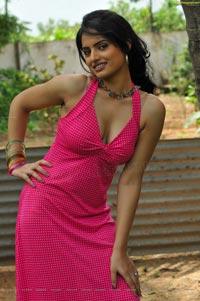 Ritu Kaur High Definition Stills