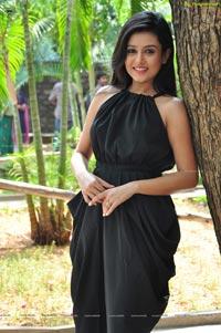 Mishti Chakraborty Photos