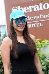 Regina Cassandra at Run for Charity