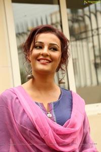 Seerat Kapoor Photos