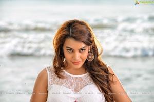 Diksha Panth HD Pics