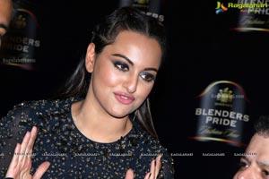Sonakshi Sinha Blenders Pride Fashion Show
