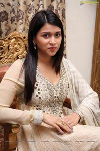 Mannara Chopra