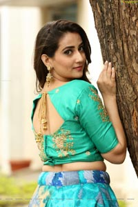 Anchor Manjusha Photoshoot