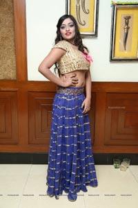 Ashi Prancy