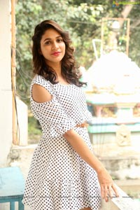 Lavanya Tripathi Vunnadhi Okate Zindagi
