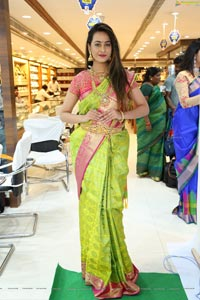 Ameeksha Pawar @ Chandana Brothers Dasara Collection Launch