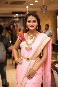 Nilofer Haidry Manepally Jewellers Utsavi Collection Launch