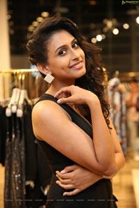 Nitya Naresh HD Photos