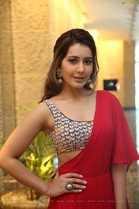 Raashi Khanna HD Photos