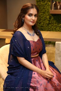 Shifa @ Nikitha Jewellery Celebrations