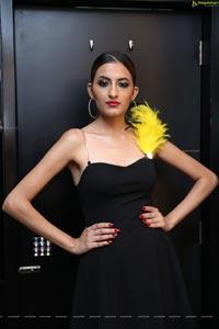 Tashveen Sehgal at Hair Crush Salon