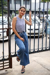 Nilofer Haidry - Silk and Cotton Expo Launch