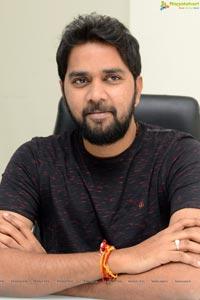 Chandoo Mondeti at Savyasachi Interview