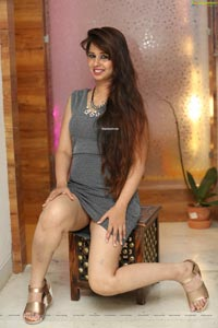 Alisha Bri at Deepthi Ganesh Winter Festive Collection
