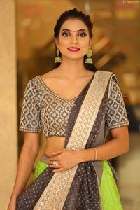 Kasthuri at Neerus Majestic Diwali Collection Launch