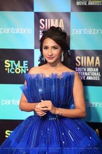Manvitha Harish at SIIMA Awards 2019
