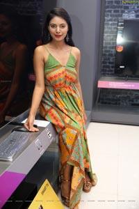 Model Neha Gupta