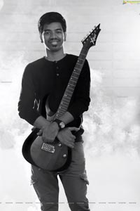 Justin Prabhakaran Photo Gallery