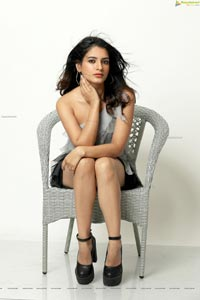 Kashika Sharma Latest Photoshoot Images