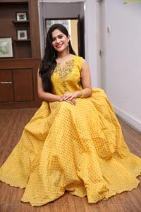 Tara Chowdary at Sutraa Select Grand Curtain Raiser