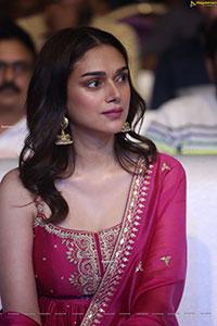 Aditi Rao Hydari at Maha Samudram Movie Pre-Release Event