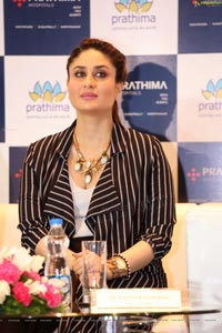 HD Photos - Kareena Kapoor at Prathima Hospitals, Hyderabad