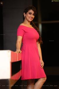 Telugu Anchor Manjusha