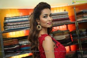 Rashmi Thakur High Resolution Photos