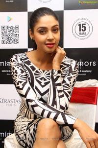 Angana Roy