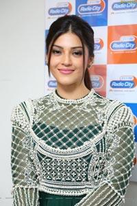 Mehrene Kaur Pirzada