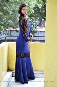 Neha Gupta Telugu Heroine