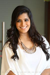Varalaxmi Sarathkumar