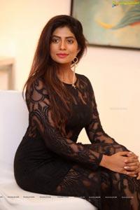 Mounika Tavanam
