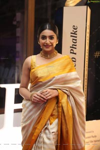 Avantika Mishra at Dadasaheb Phalke Awards