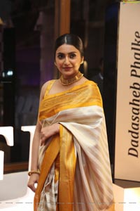 Avantika Mishra at Dadasaheb Phalke Awards