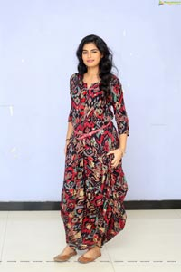 Cairvee Thakkar at Malli Malli Chusa Trailer Launch