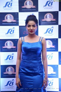 Kaashima Rafi at Dadasaheb Phalke Awards 2019