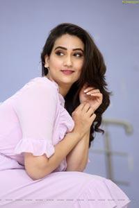 Manjusha at Dhamki Trailer Launch