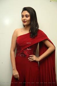 Megha Chowdhury at Oorantha Anukuntunnaru Pre-Release