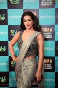 Sameeksha at SIIMA 2019