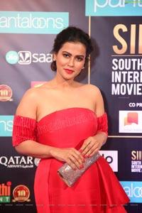 Sharmiela Mandre at SIIMA 2019