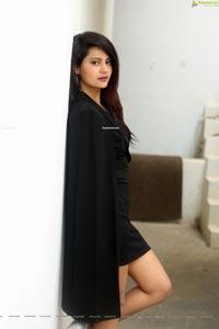 Shubhangi Pant at Neekosam Pre-Release Event