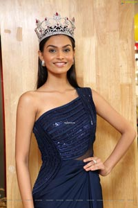 Suman Rao at Centro Festive Collection Launch